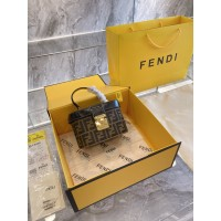 BOLSA FENDI VANITY BAG
