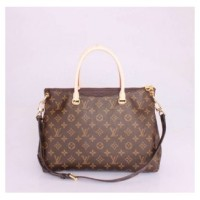 BOLSA LOUIS VUITTON PALLAS MOMONOGRAM